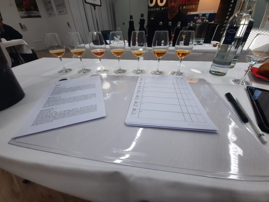 picture taking during a professional craft beer tasting during french wines days 2021